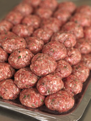 uncooked meat balls
