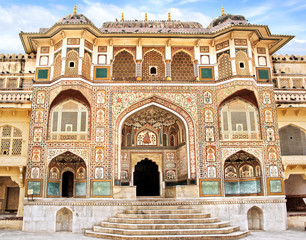 Detail of decorated gateway. Amber fort.