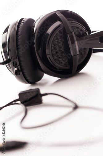 Closeup image of big black headphones