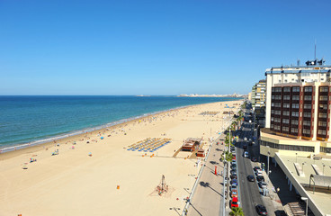 Paseo marítimo de Cádiz, playa Victoria