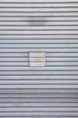 Fondo puerta metalica