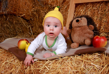 Малыш на сеновале