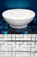 Keramikschale in einem Badezimmer