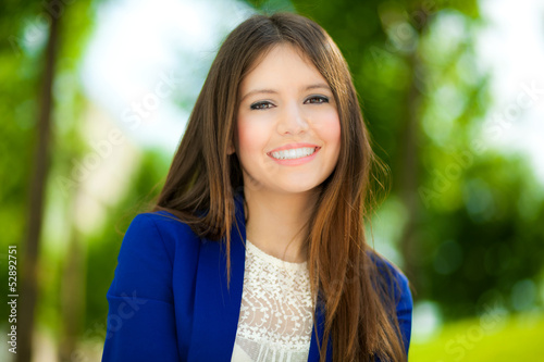 Portrait of a beautiful girl outdoor