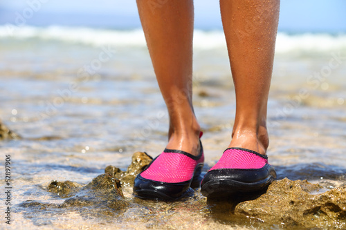 Water shoes / swimming shoe in red neoprene