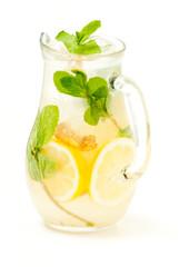 fresh lemonade from lemon ginger and mint