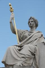 Statute La loi - palais bourbon