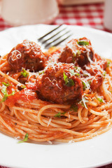 Meatballs with spaghetti pasta