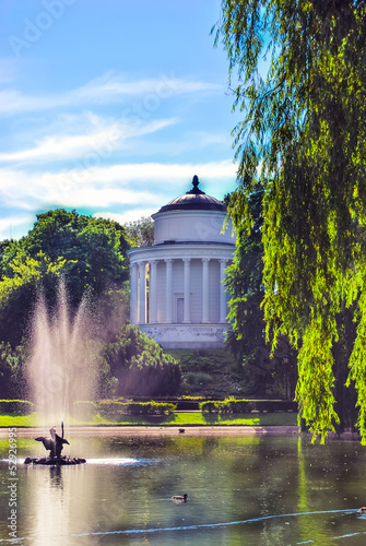 Saxon garden in Warsaw, Poland © romas_ph
