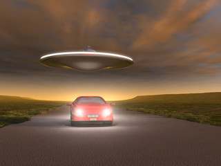OVNI sobre un coche en la carretera