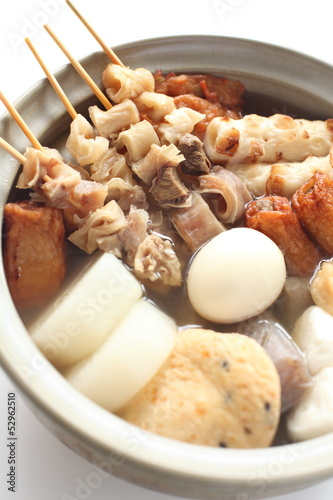 japanese winter cuisine, Oden in hot pot