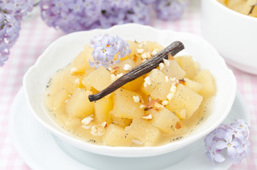 compote of apples and pears with vanilla