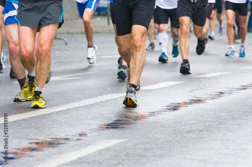Fotobehang Wielersport People running in city marathon