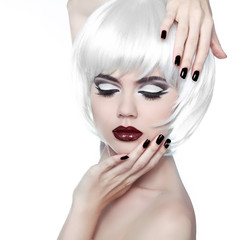 Vogue Style Woman. Makeup and Hairstyle. Fashion Stylish Beauty