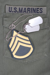 us marines uniform with blank dog tags
