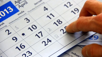 Searching for right date on calendar.
