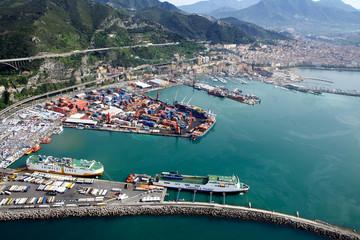 Vista aerea porto di Salerno