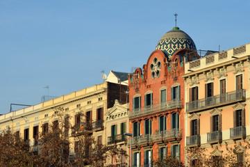 Edificio modernista de Paseo San Juan. Barcelona