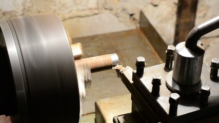 Working of old style lathe closeup
