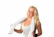 Frau mit Handtuch nach dem Sport