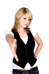 junge Frau, die ihre Hand entgegenstreckt