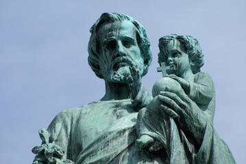 statue, Saint Joseph's Oratory of Mount Royal,Montreal, canada