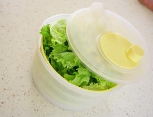 essoreuse à salade et batavia