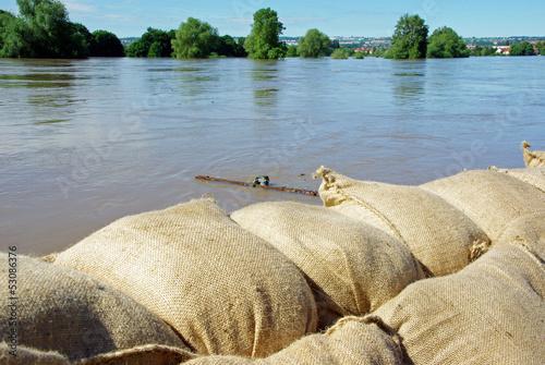 Hochwasserschutz - 53086376