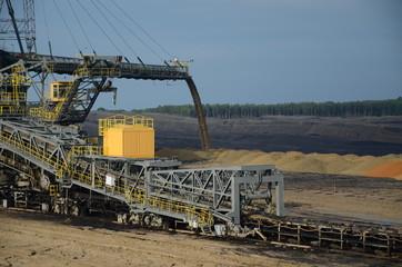 Absetzer im Tagebau