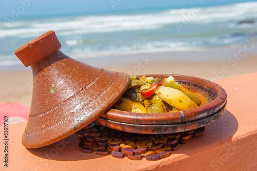 Papiers peints Maroc Fish tajine, traditional moroccan dish