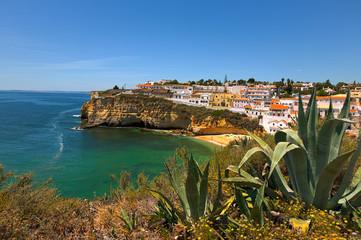 Dorf Carvoeiro in der Algarve, Portugal