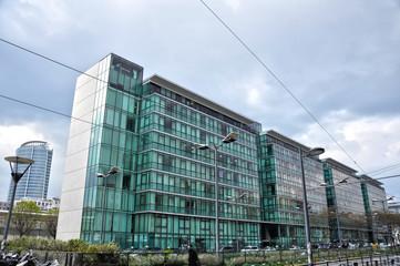 Arquitectura moderna, Francia, Lyon, sector inmobiliario