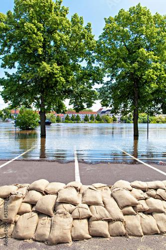 Flood - 53113115