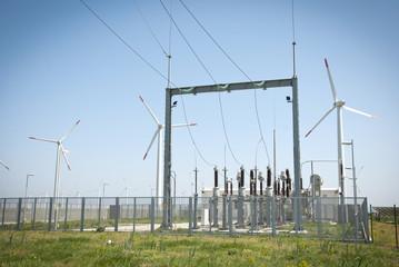 Power transformator between wind turbines
