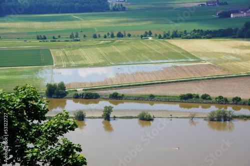 Donau nach dem Rekordhochwasser in Niederbayern