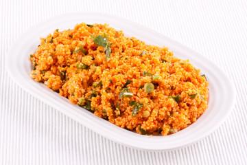 Kisir, Bulgur salad with tomato paste, parsley and onion