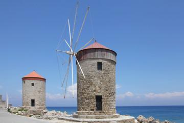 Windmühlen am Mandraki-Hafen, Rhodos
