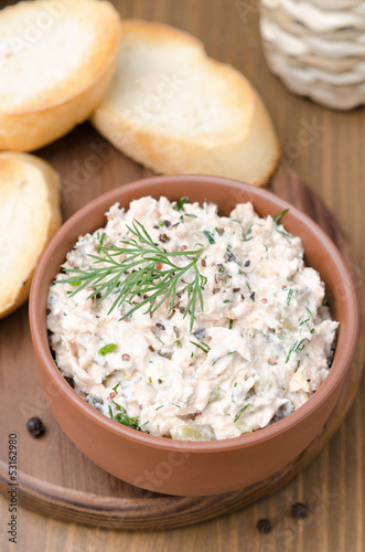pate of smoked fish with sour cream, dill and toasted bread
