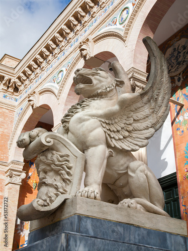 Madrid - Lions for entry of Palacio de Velasquez