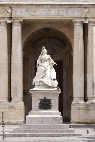Statue of Queen Victoria in Malta