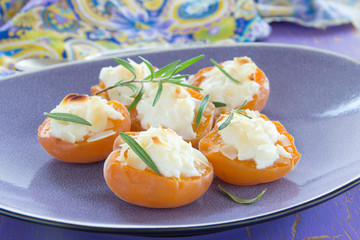 Baked apricots with mascarpone and almonds.