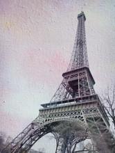 texture de la toile avec l'image de la tour Eiffel.