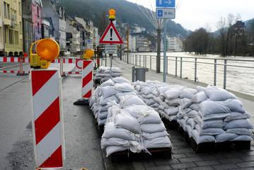 Sandsäcke gegen Hochwasser