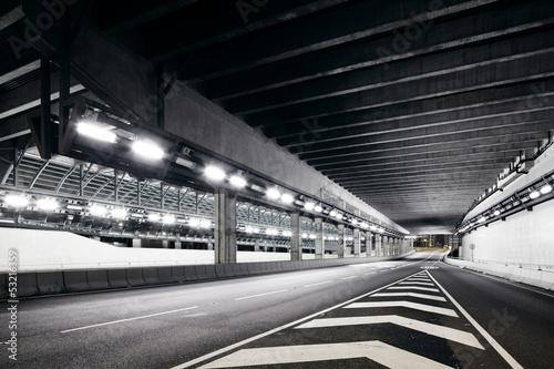 Tunnel - 53216359