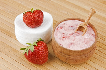 Homemade facial mask of strawberry and cream