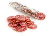 Salami mit Pelle und Salamischeiben