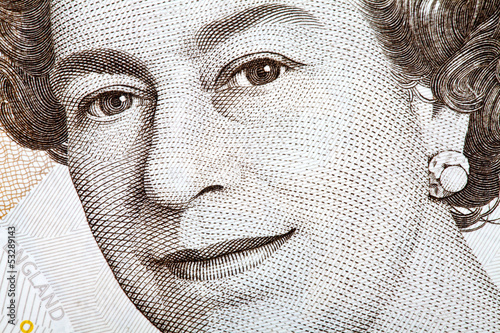 The Queen on an English Banknote