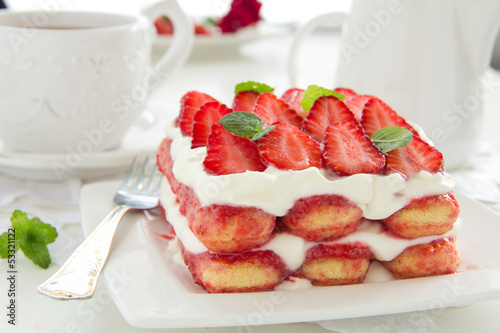 Strawberry tiramisu with mascarpone.