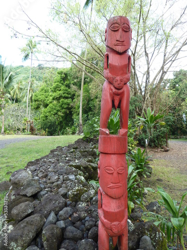 Tahitian sculpture on holy place