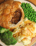 Steak & Kidney Pie Dinner